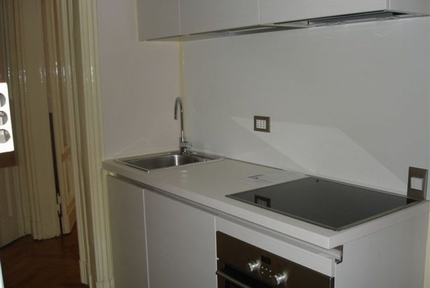 Affittasi Appartamento Bilocale 51 mq Quartiere Cadorna Castello
