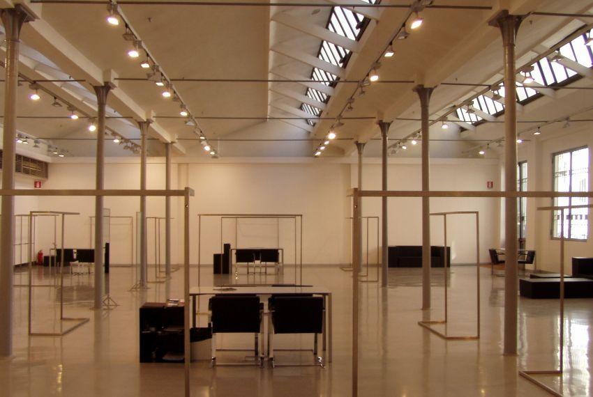 Vendesi Loft/Showroom 700mq Quartiere Porta Romana Cinque Giornate