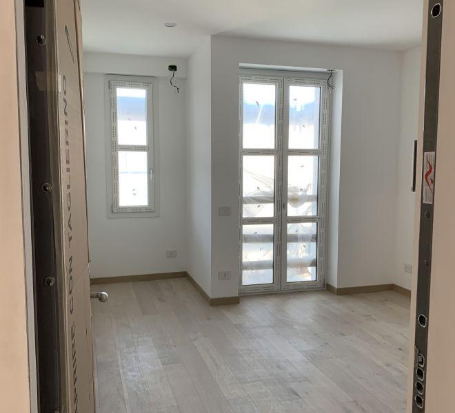 Vendesi Appartamento Bilocale Ristrutturato Nuovo Quartiere Cenisio Govone