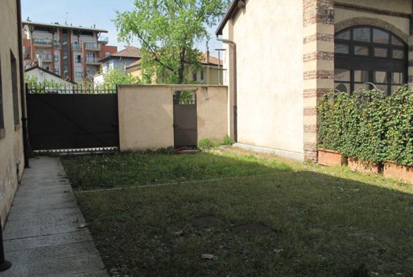 Open space 200mq in Vendita Quartiere San Cristoforo Naviglio Grande Milano